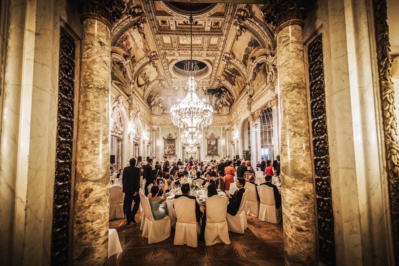 Reportaje de boda en la parroquia de San Manuel y San Benito - Madrid